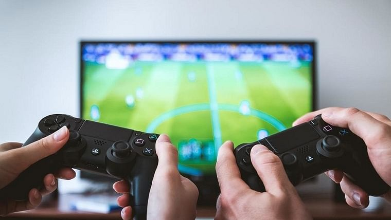 Commercial video games could help treat mental health issues: Study