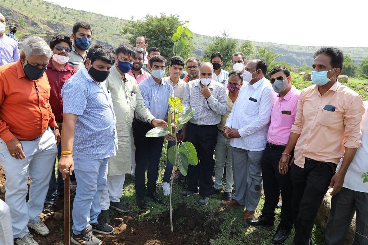 Madhya Pradesh: Ten-day-long plantation campaign begins on Shankargarh hill