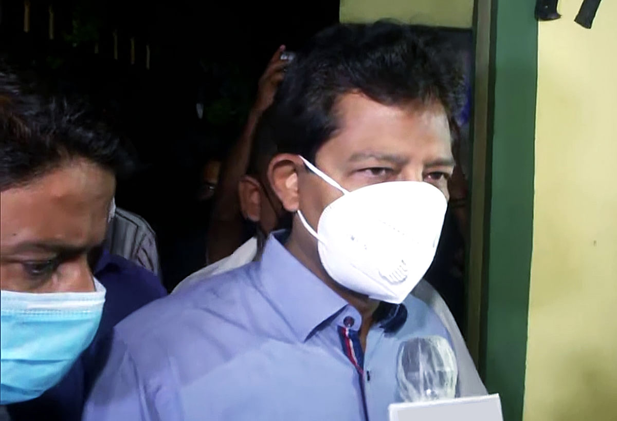 What's cooking in West Bengal? TMC posters, flags inside BJP leader Rajib Banerjee's car as he meets Kunal Ghosh