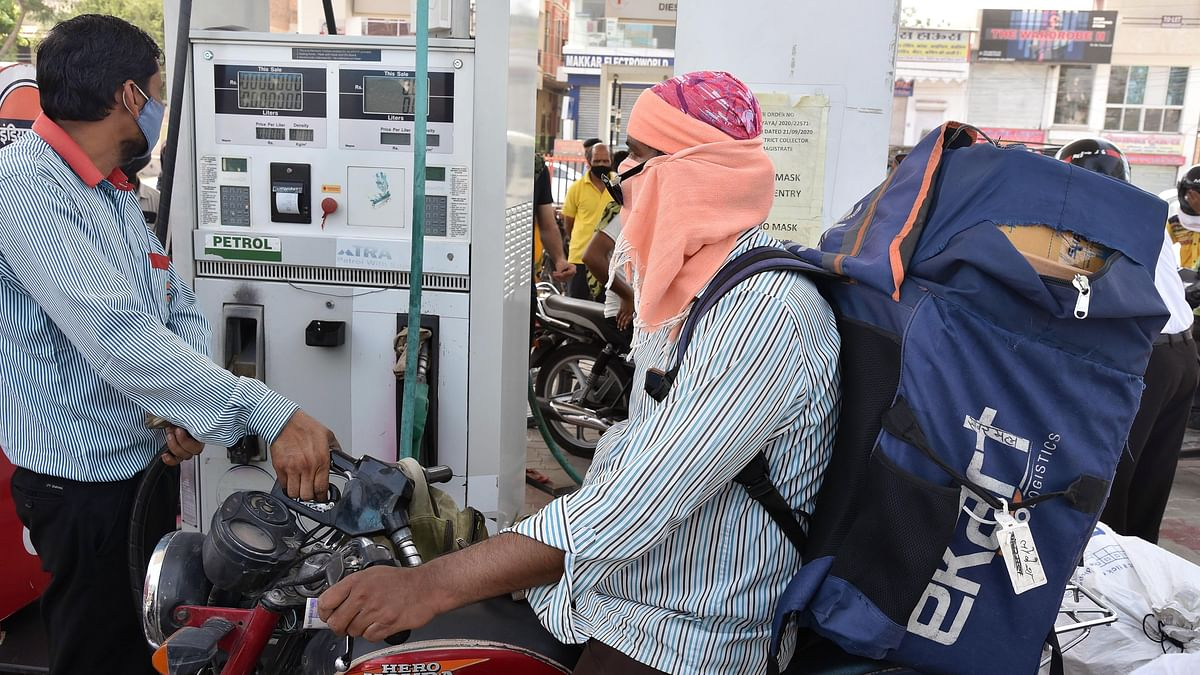 Fuel prices remain unchanged for second consecutive day; petrol above Rs 107 in Mumbai