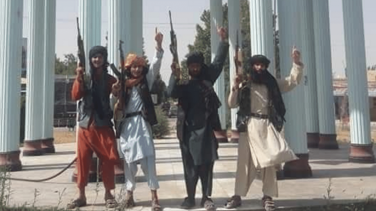 Afghanistan: Taliban takes hold of key district in Kunduz, adding to string of wins