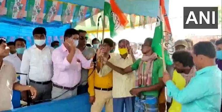Watch video: TMC leaders perform 'purification' ritual in Birbhum, spray sanitizer on workers who are joining ruling party from BJP