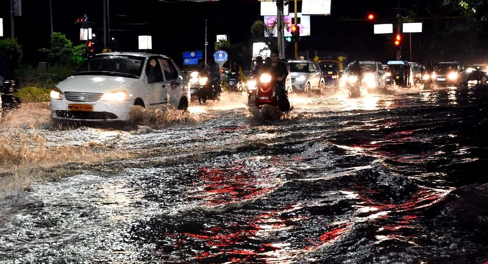 Indore: City unlocks but no rise in pollution level; Rain, gusty winds main reason; AQI remains below 100