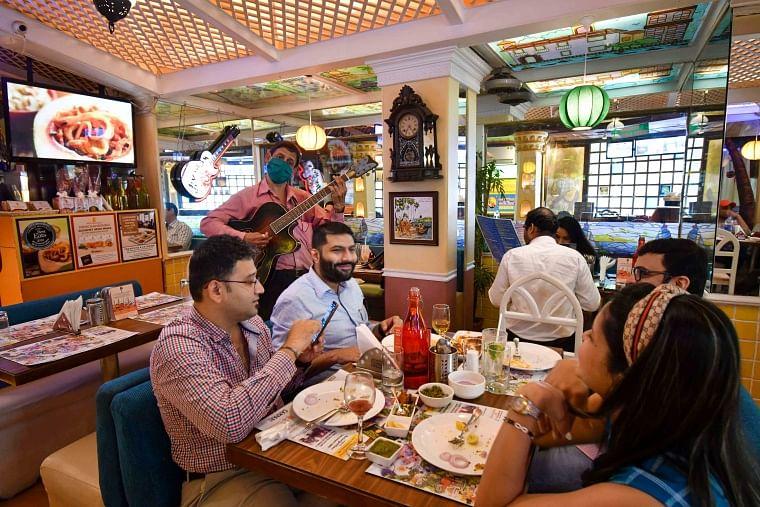 Mahim's Goa Portuguesa hotel staff welcome customer by singing songs