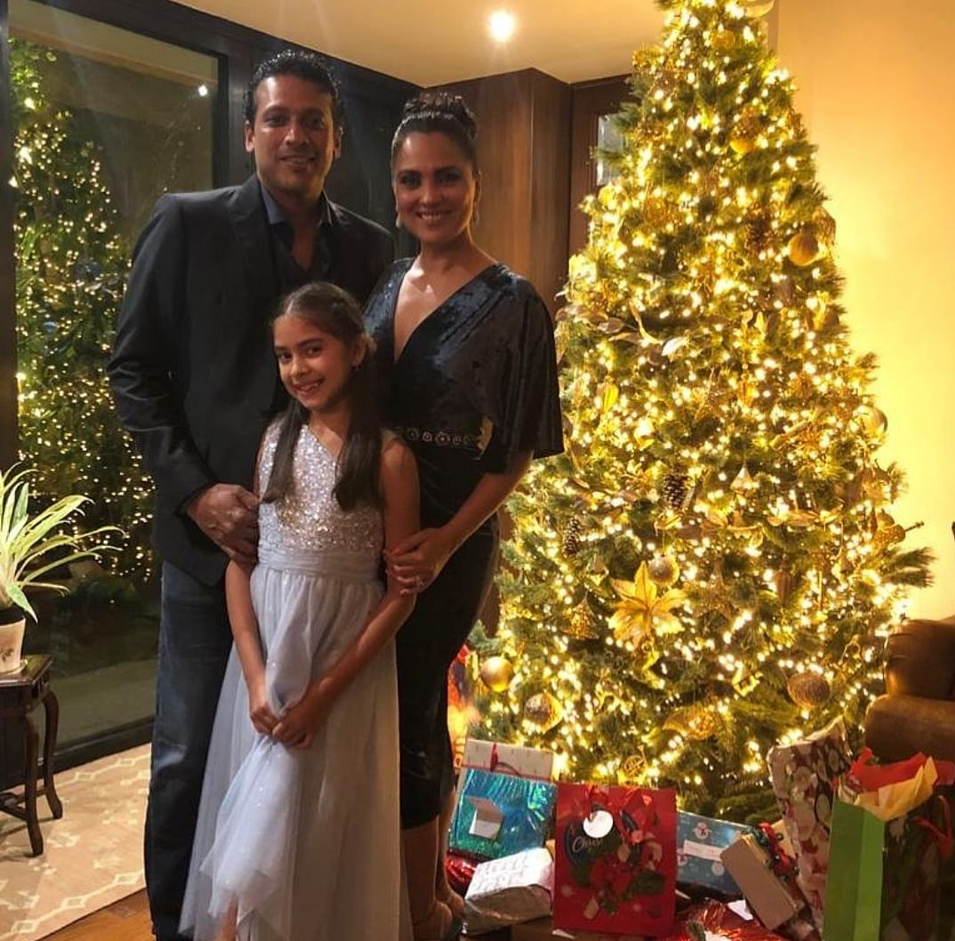 Mahesh Bhupati with wife and daughter