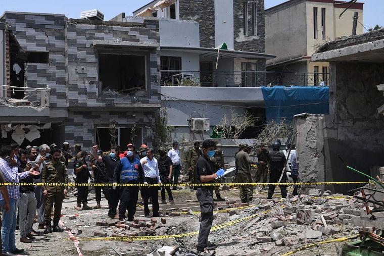 Car bomb blast outside Hafiz Saeed's house kills 3 in Lahore