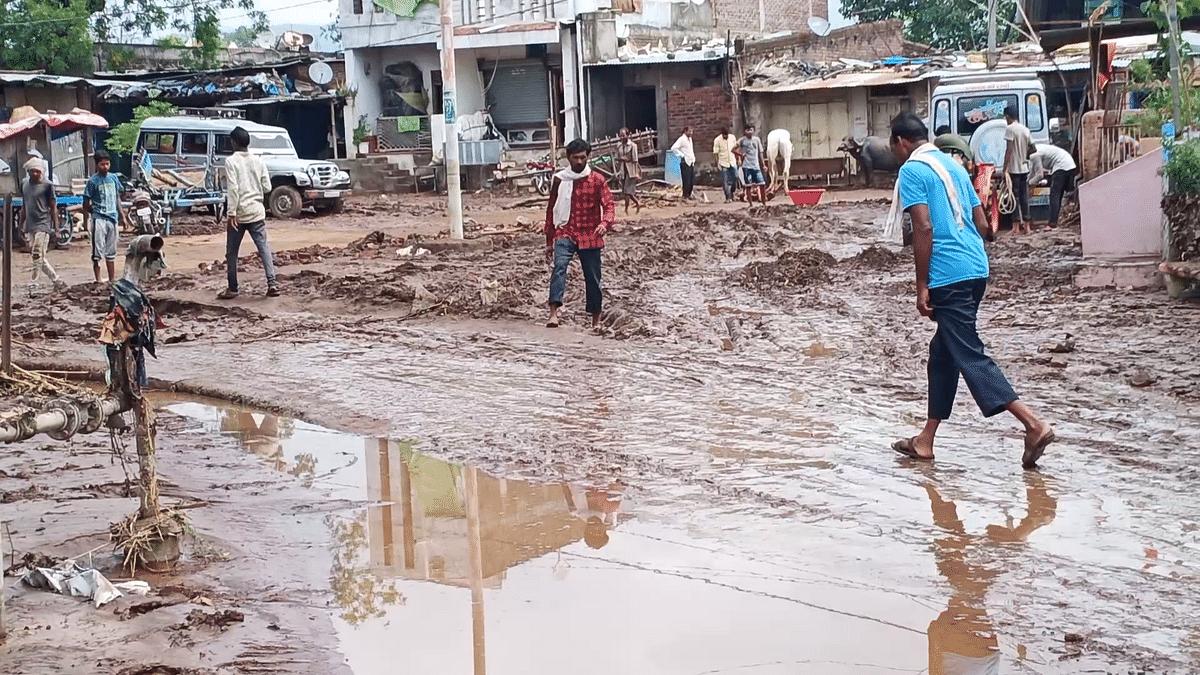 Mumbai: 4 days on, parts of city still receive muddy water in kitchen taps