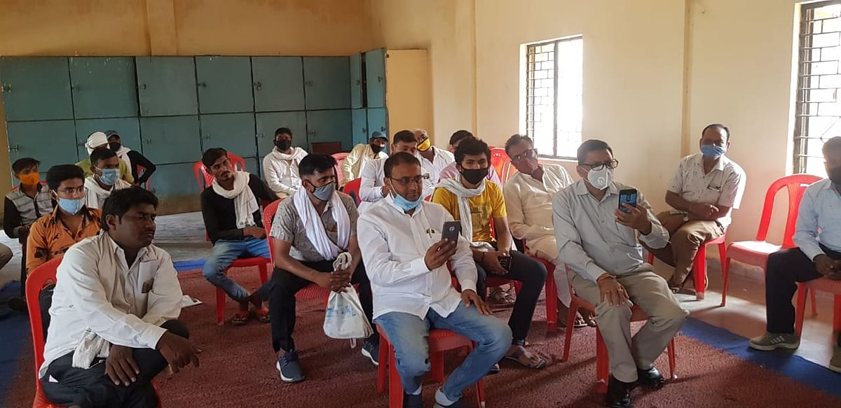 Madhya Pradesh: Farmers of Sanawad, who got duped by a firm, receive their dues of Rs 34 lakh