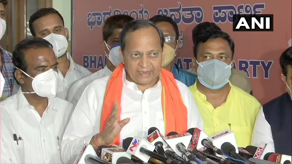 No discussion on leadership change: BJP Karnataka in-charge Arun Singh says '2-3 MLAs are harming party image'