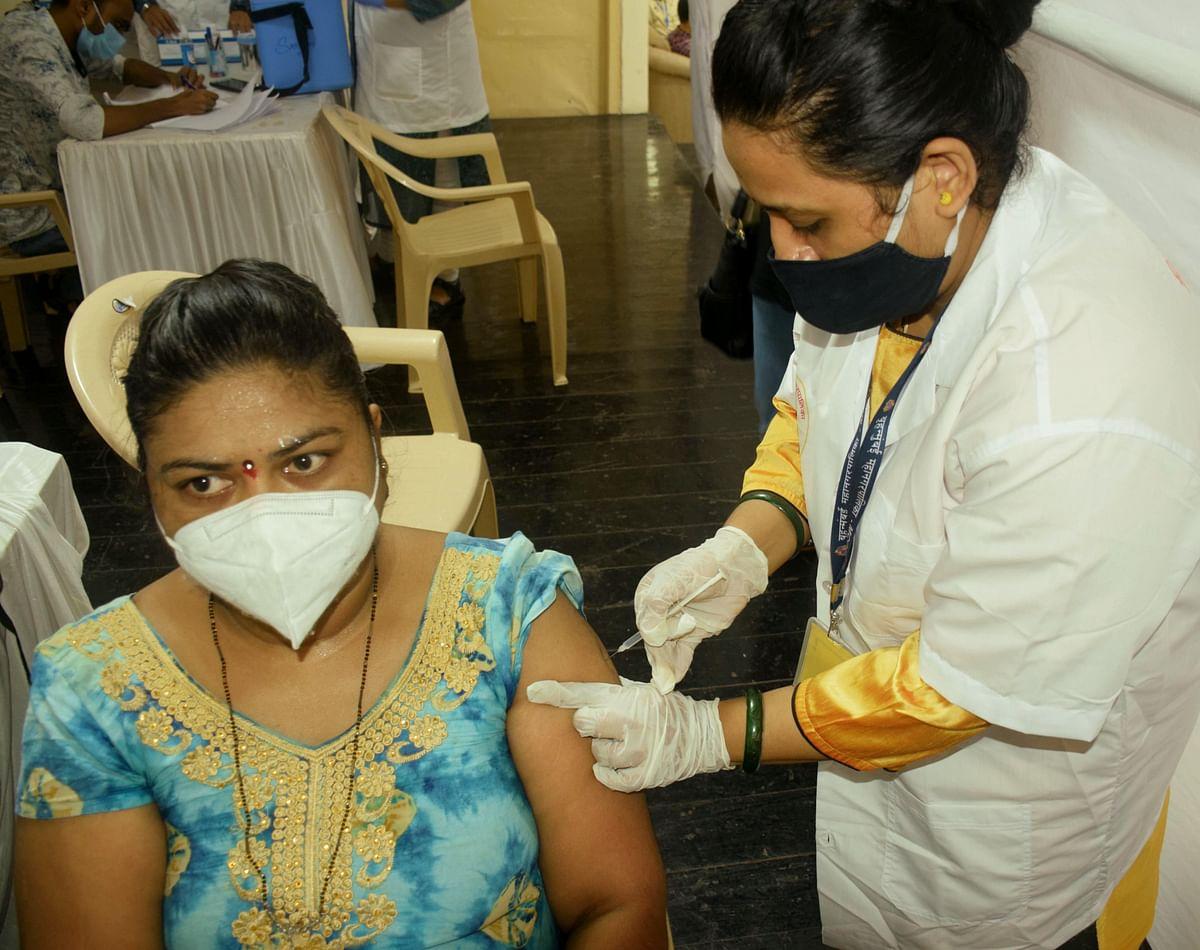 Mumbai: Residents of Bandra, Khar and Santacruz organise a mass COVID-19 vaccination drive