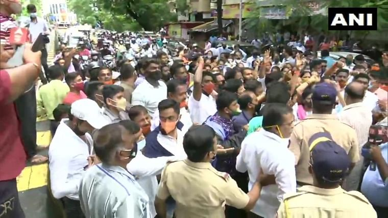 Ram Mandir land 'scam': Bharatiya Janata Yuva Morcha workers protest outside Shiv Sena Bhavan; 40 protestors detained