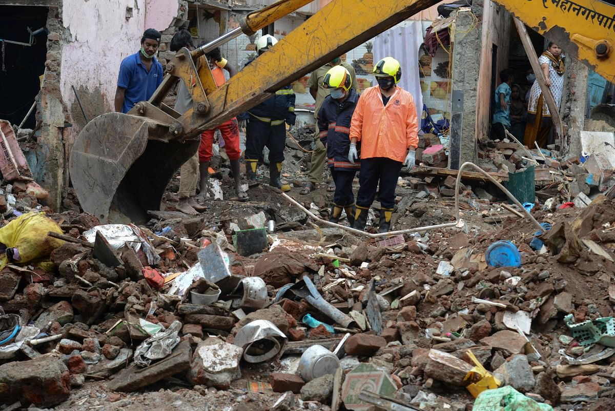 Malwani building collapse: Devadhar commission blames Maharashtra govt's GRs protecting unauthorized structures in Mumbai