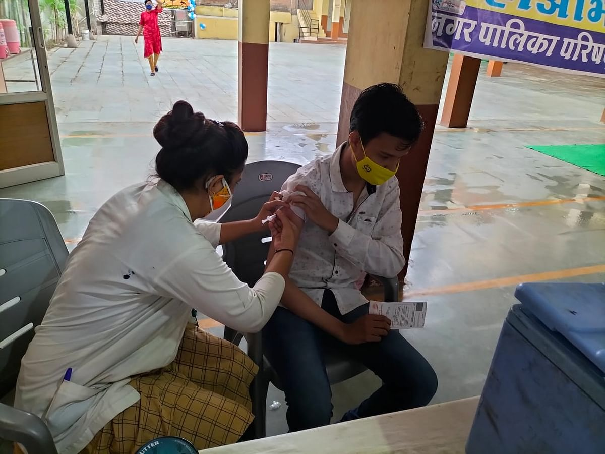 Madhya Pradesh: Efforts of local team in tehsil helps to achieve vaccination target in Khachrod, vaccination camp in Jaora