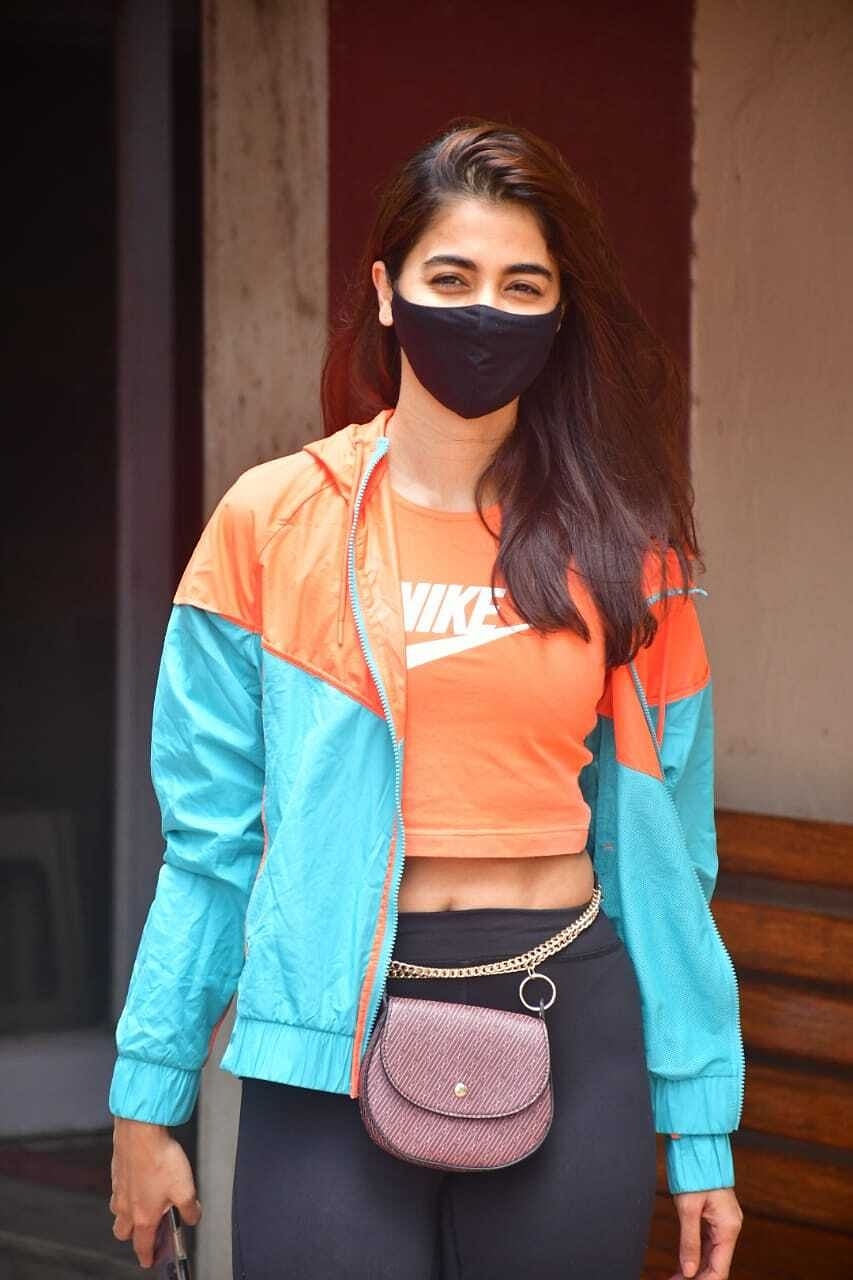 In Pics: Ranveer Singh, Ranbir Kapoor, Malaika Arora and other B-Town celebs spotted in Mumbai
