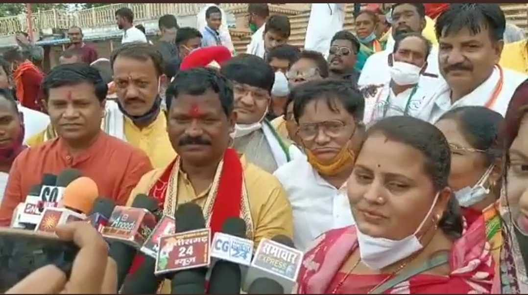 'Didn't hear your question': Chhattisgarh minister Amarjeet Bhagat dodges question on rampant liquor sale