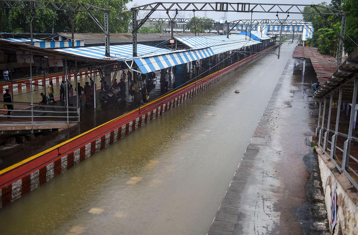 Mumbai rains: Central Railway refutes Mayor Kishori Pednekar's claim, says 'working in close co-ordination' with BMC