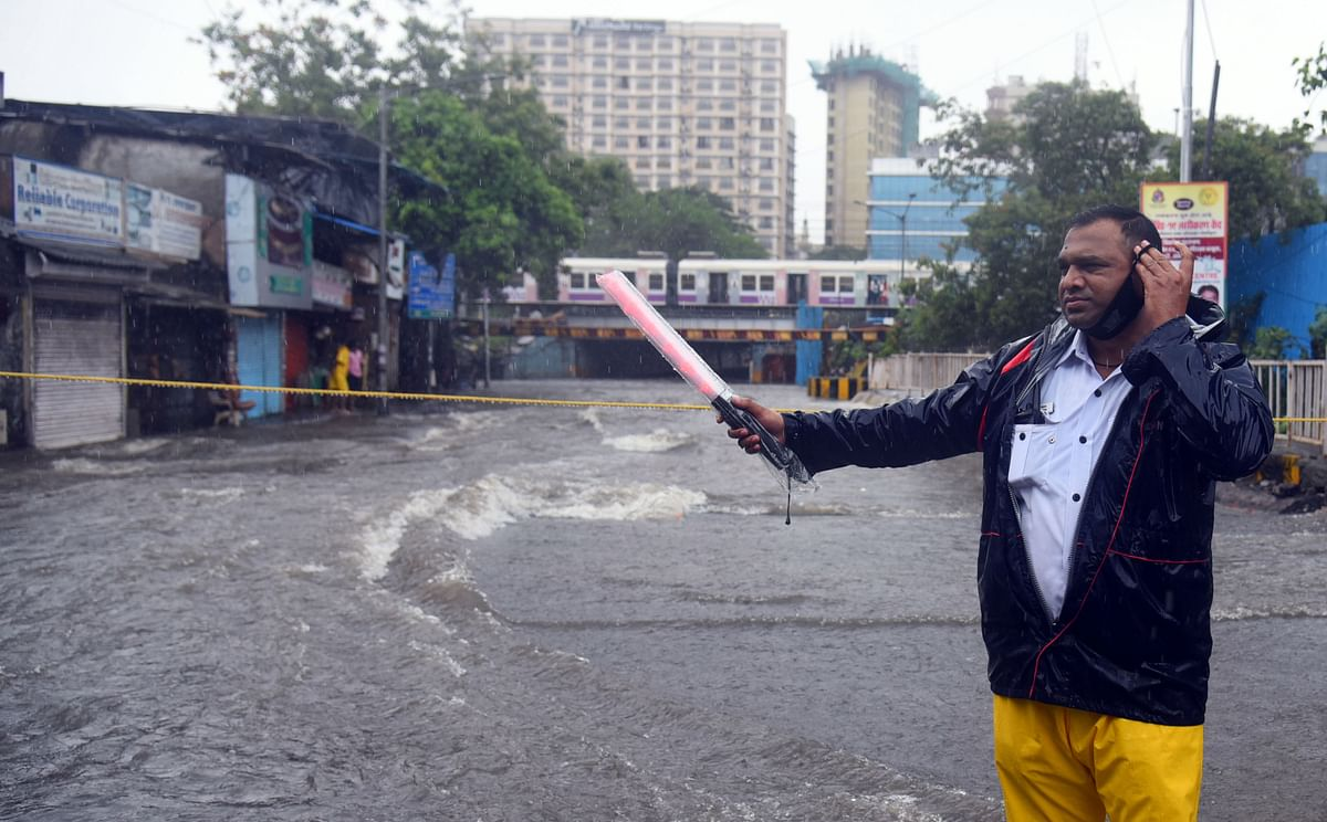 Mumbai: Andheri subway flooded as city continues to witnesses heavy downpour
