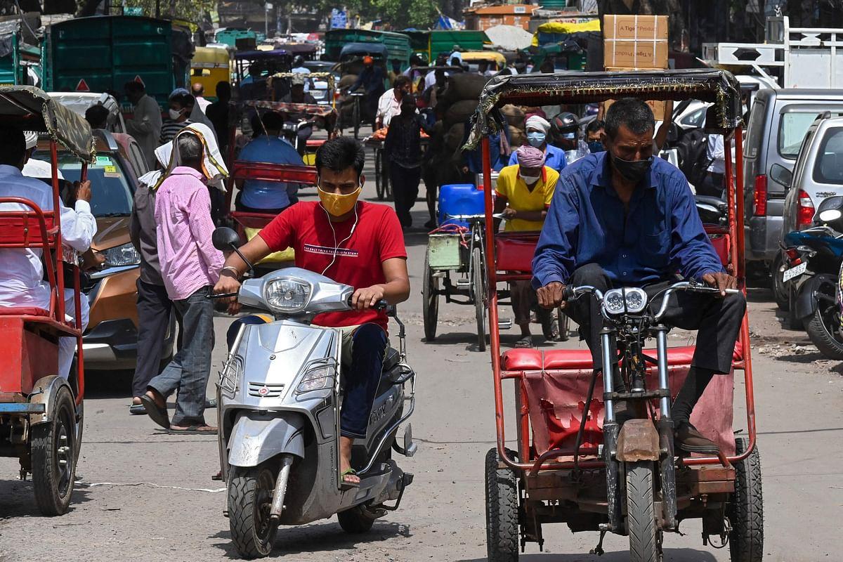 Delhi: Sadar Bazar shut down for violation of COVID-19 norms