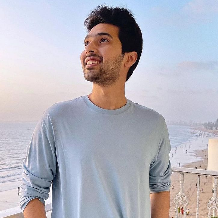 Fan asks Armaan Malik how to woo ladies, singer suggests crooning to THIS song by Lucky Ali