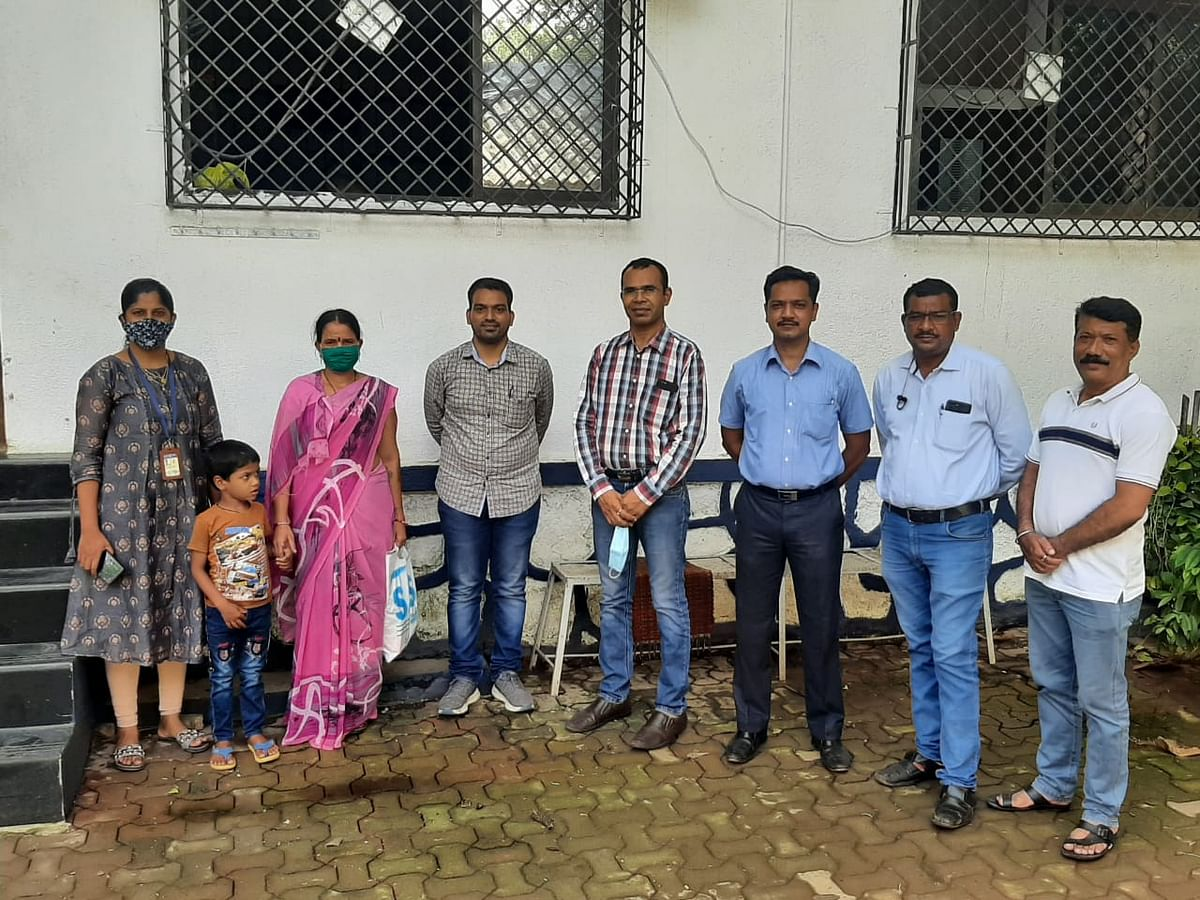 Thane crime branch reunites missing seven-year-old boy with his parents after two days