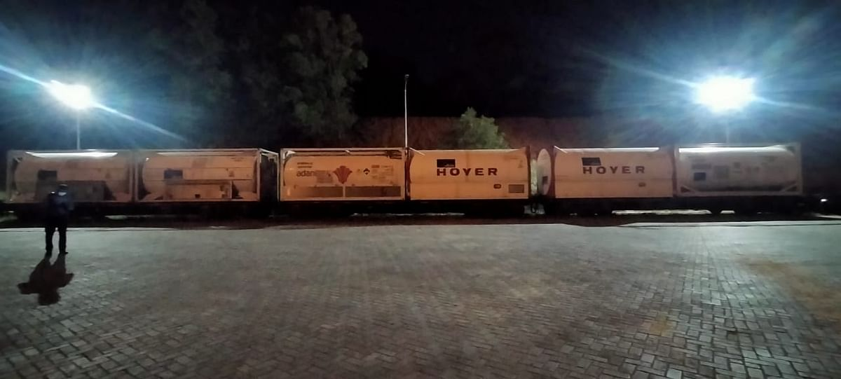 The 15th Oxygen Express reaches ICD Whitefield, Bengaluru