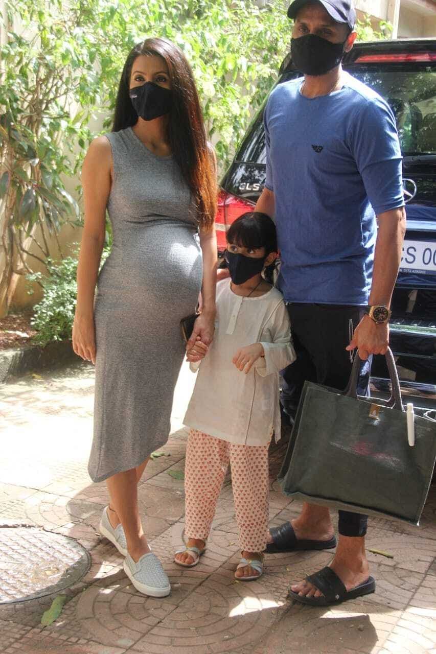 Geeta Basra, Harbhajan Singh and their daughter