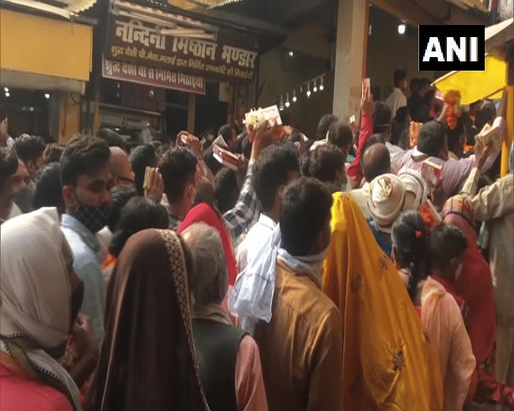 What pandemic? As UP govt lifts COVID-19 curbs, devotees flock to temples in Ayodhya