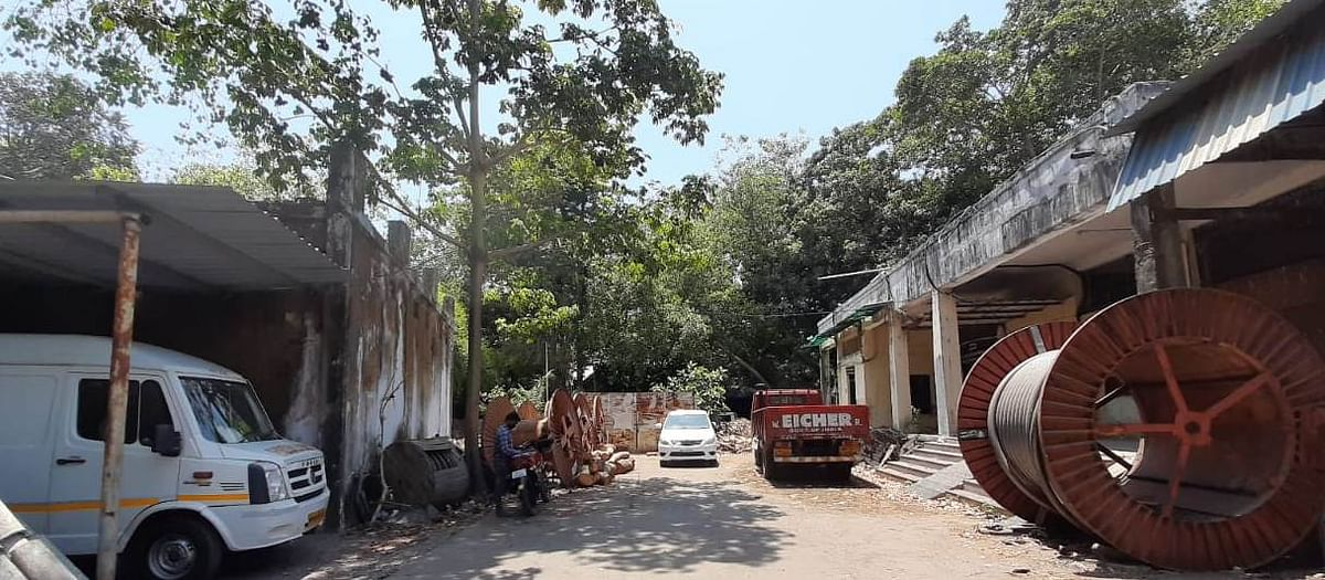 Western Railway offers space at Grant Road Parcel Depot for development of warehouse