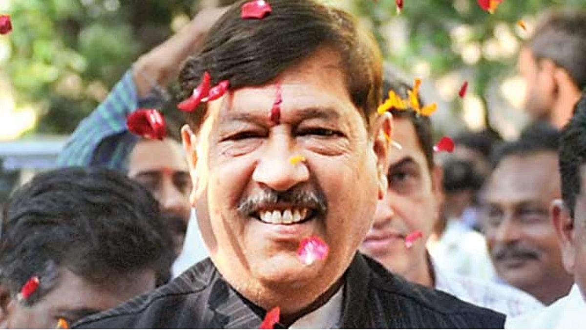 Sena-BJP alliance can be formed on Hindutva issue: BJP MP Girish Bapat
