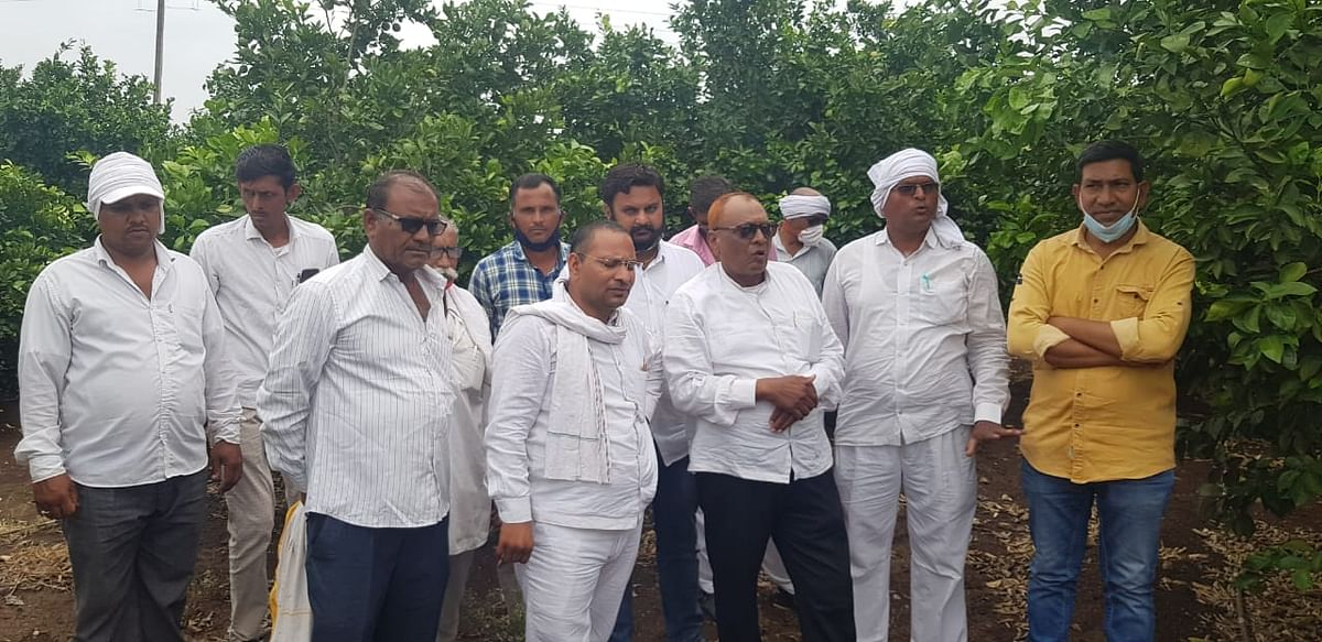 Farmers from Sanawad town of Khargone district irked over land compensation