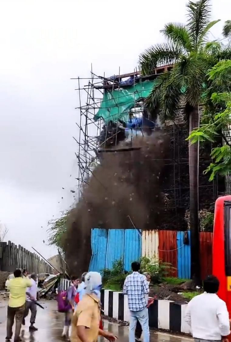 Navi Mumbai: Walls of 16th-century fort in Belapur collapse due to heavy rainfall