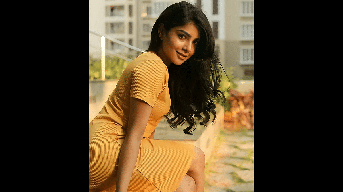 When Pavithra Lakshmi fan page said 'Take me up', Twitterati took it literally; here's what happened