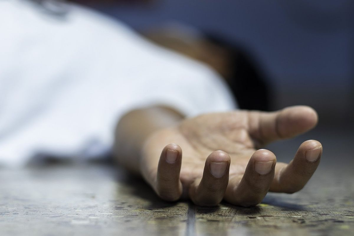Navi Mumbai: In a mysterious case, 60-year-old man found dead at Airoli residence; wife was unconscious too