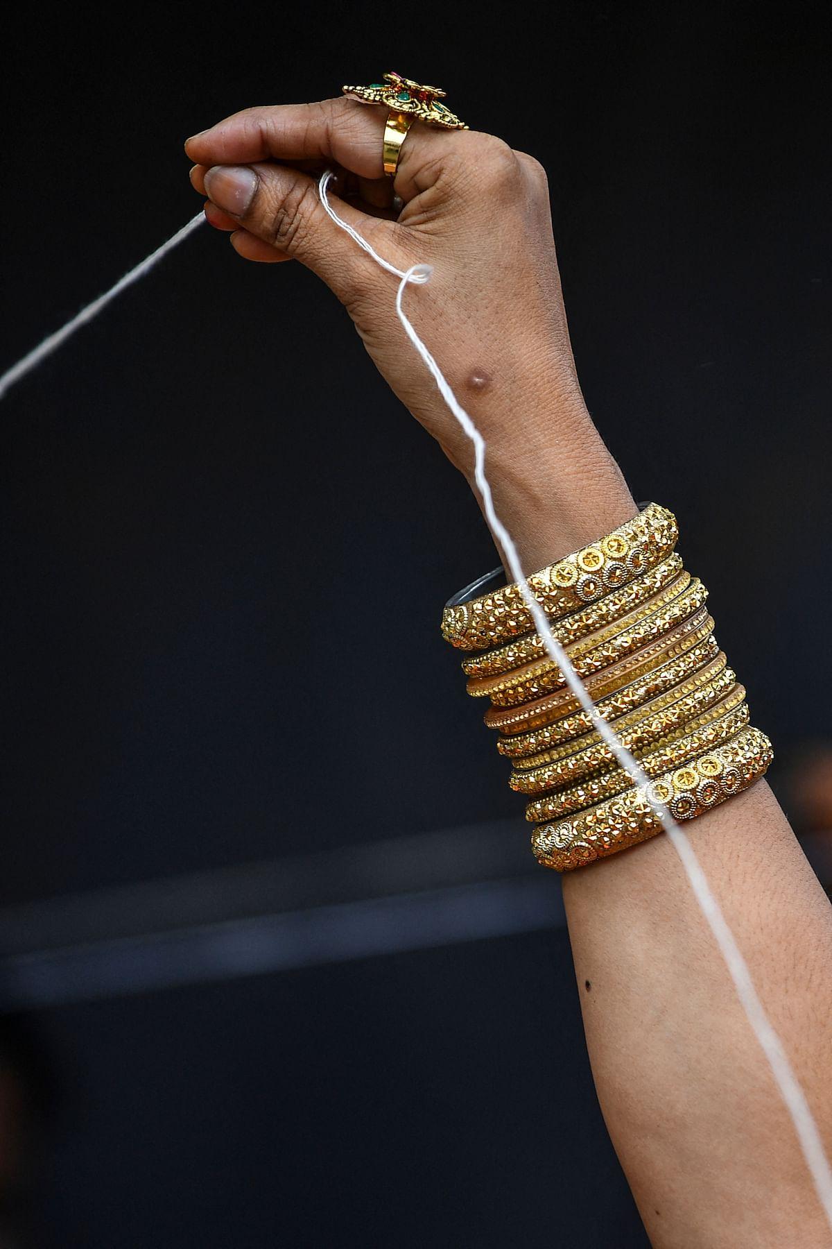 In Pics: Hindu women offer prayers on occasion of Vata Savitri Purnima