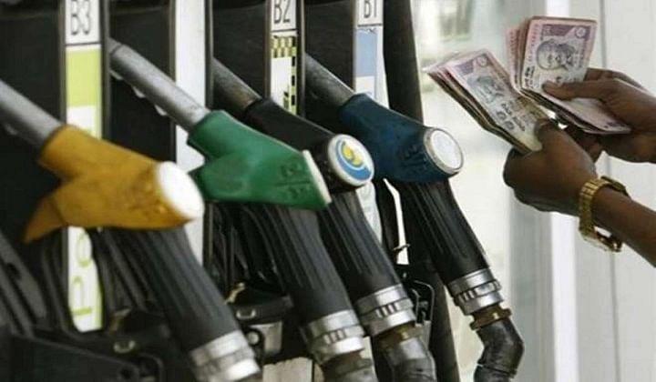 Diesel at Rs100 mark in Rajasthan; Karnataka sees Rs100/litre petrol