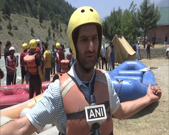 """""""It is a good initiative by J-K tourism. It is the first activity in adventurous sports after pandemic. This will boost tourism. We want such activities to take place in the future as these activities had decreased for the last 1-2 yrs due to pandemic"""": Umer Javed, participant"""