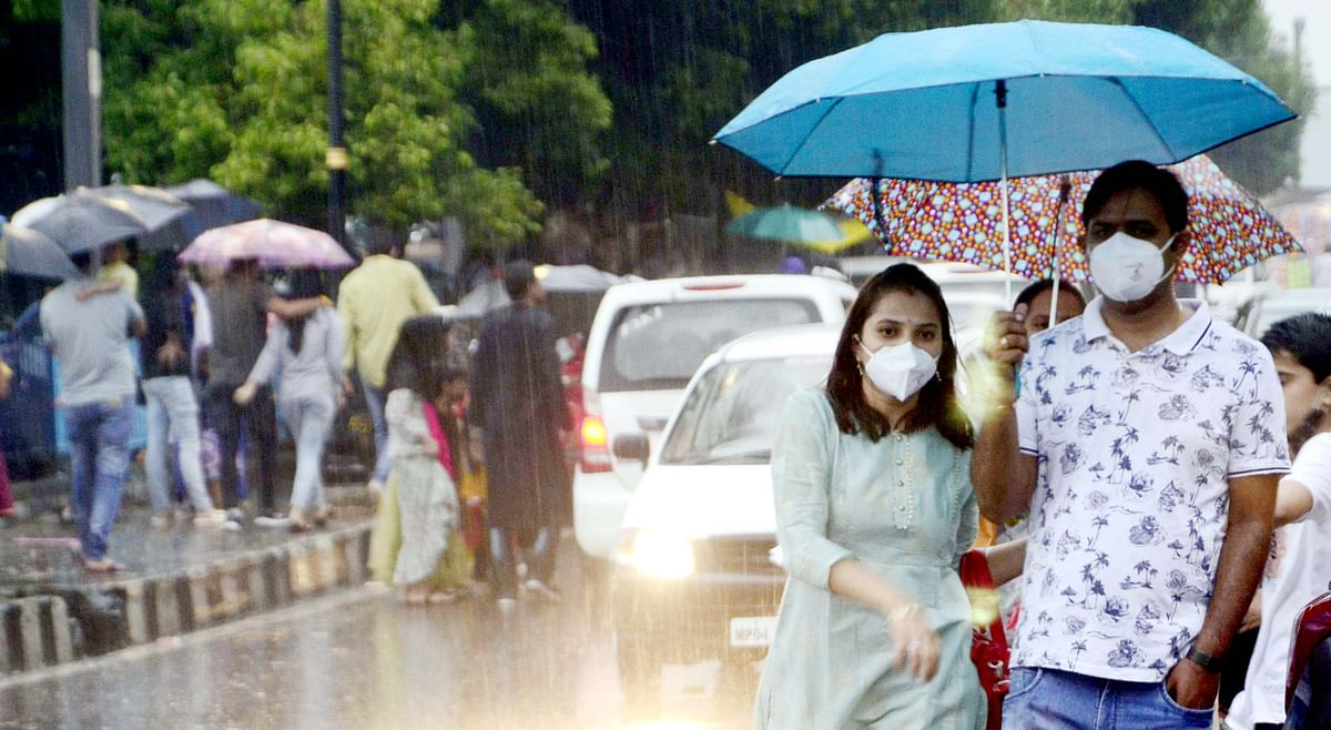Bhopal: Heavy rain drenches many parts, canopy of clouds covers state capital