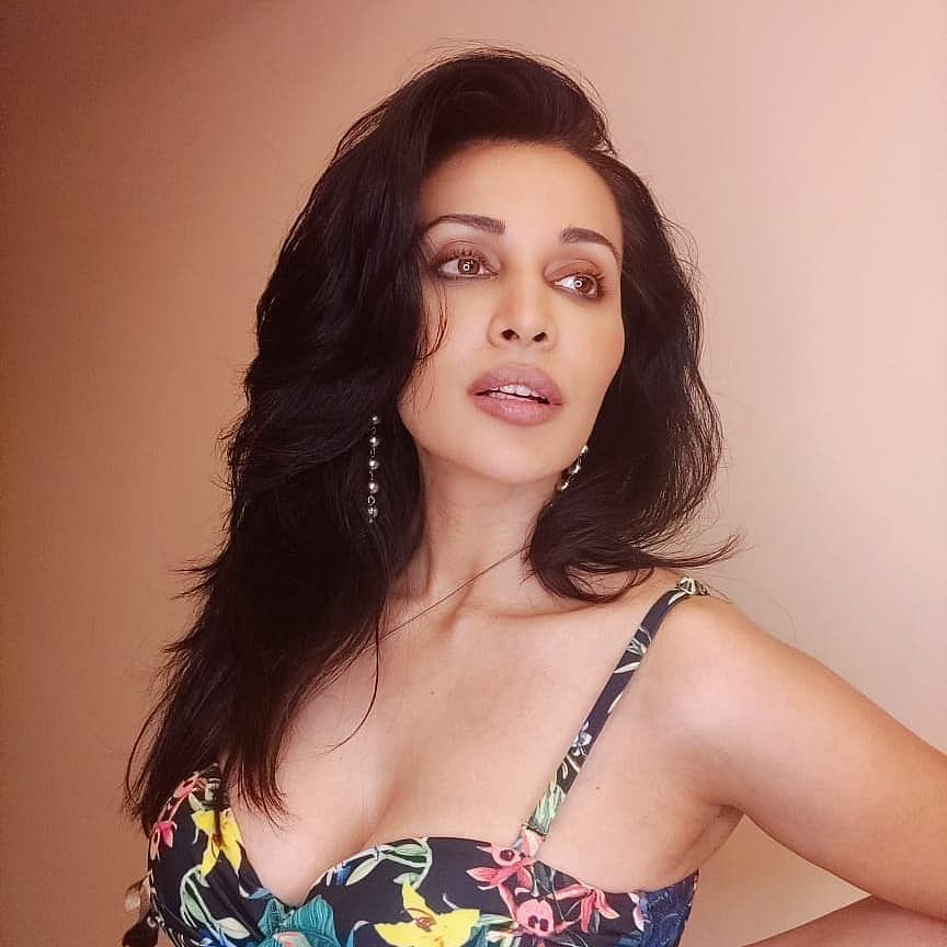 'Have never interacted with Raj Kundra': 'Stree' actress Flora Saini issues clarification after being dragged in porn films case