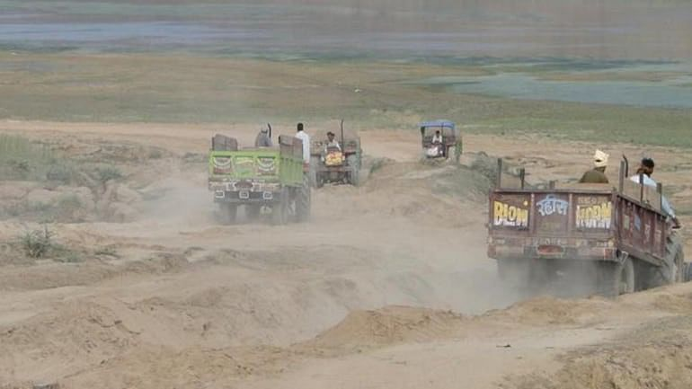 Morena woman forest officer, a thorn in eye of illegal sand miners, shifted again