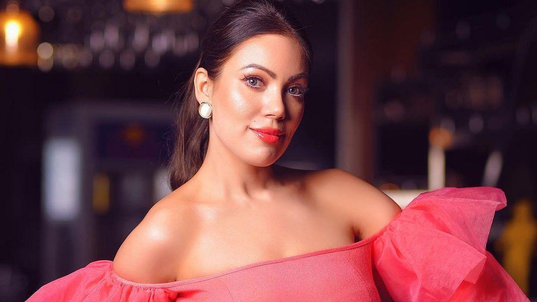 'Taarak Mehta...' fame Munmun Dutta aka Babita warns fans against her fake account on LinkedIn
