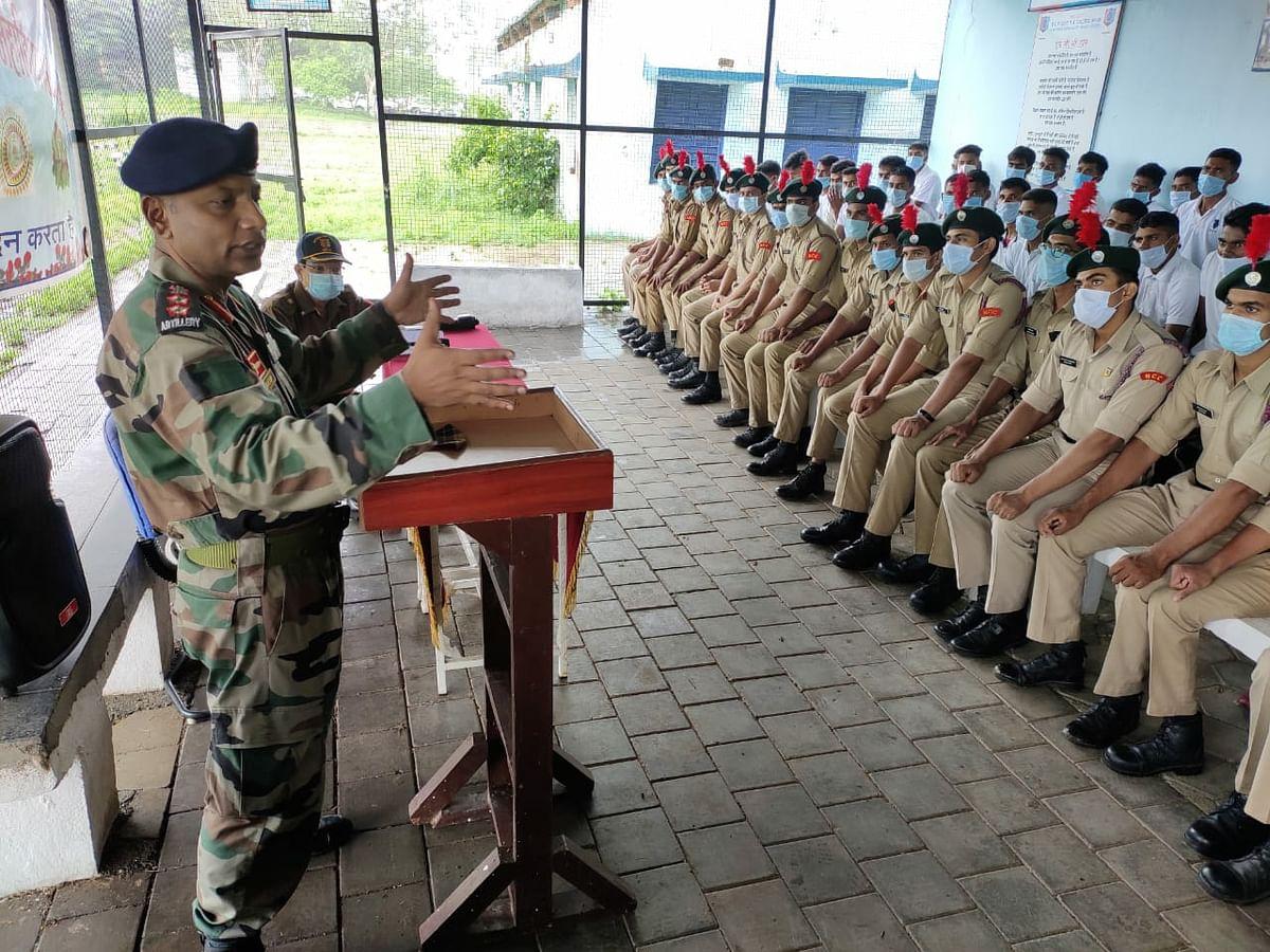 Col Jaideep addressing NCC cadets
