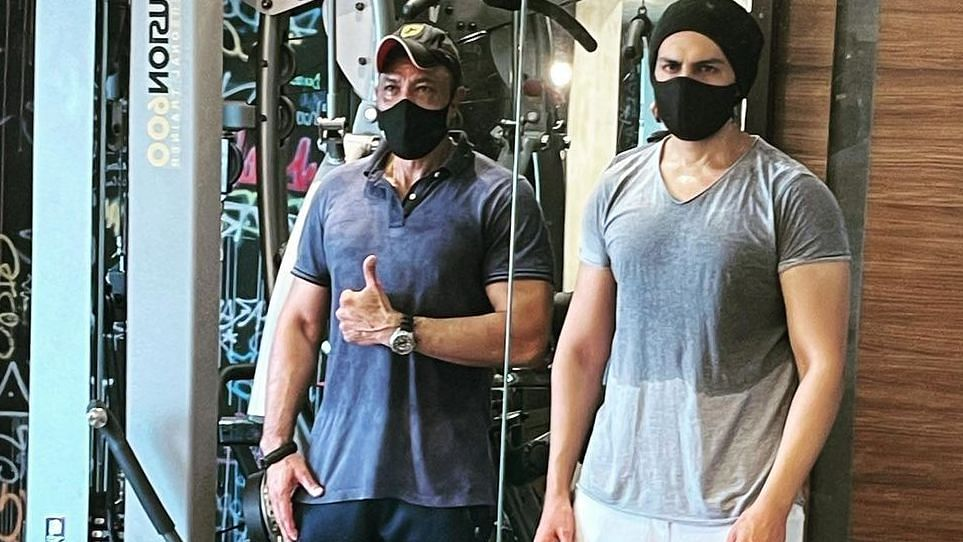 Kartik Aaryan transforms into a sexy beast as he beefs up for an upcoming project