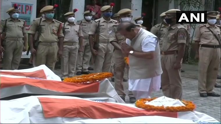 Assam-Mizoram border clash: Himanta Biswa Sarma lays wreath, pays tribute to policemen who lost their lives in clashes in Silchar