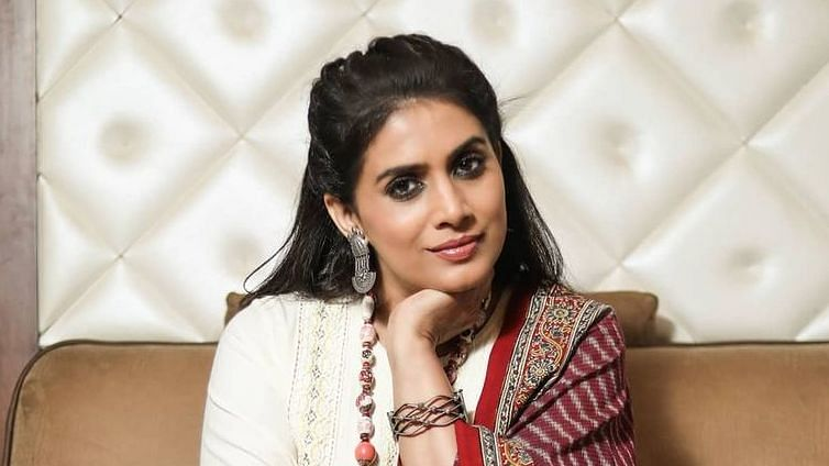 Sonali Kulkarni opens up on facing colourism, says 'I was told dark girls don't look good on camera'