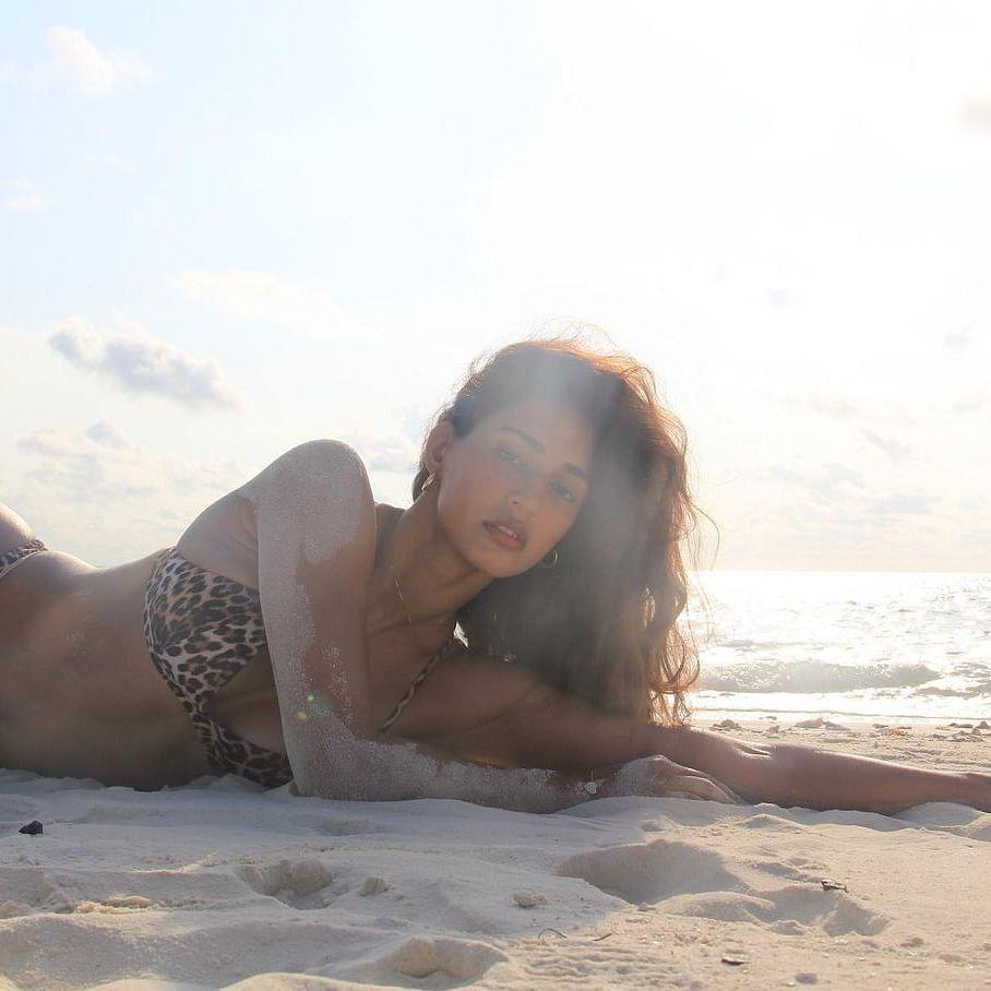 Disha Patani raises temperature as she flaunts her hourglass body in skimpy leopard print bikini