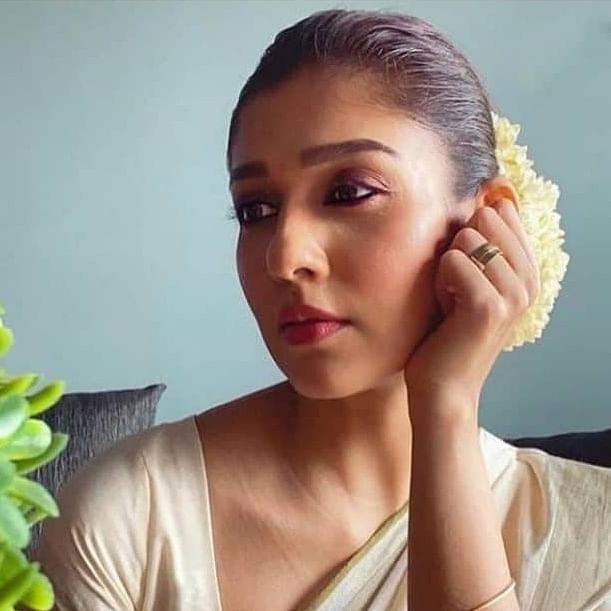 South star Nayanthara to make her Bollywood debut opposite Shah Rukh Khan