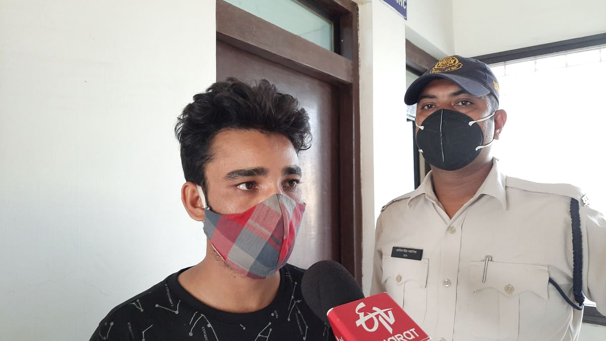 Khandwa: Man arrested with master key, 87 ATM cards and Rs 25,000