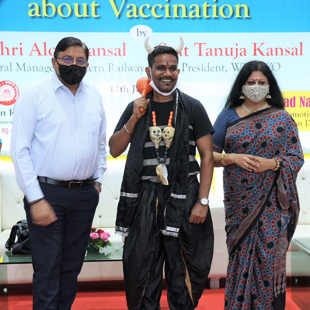 WRWWO organises vaccination awareness drive at Mumbai Central station