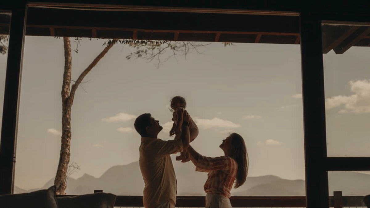 Twitter overwhelmed with love as netizens celebrate #ParentsDay2021 virtually