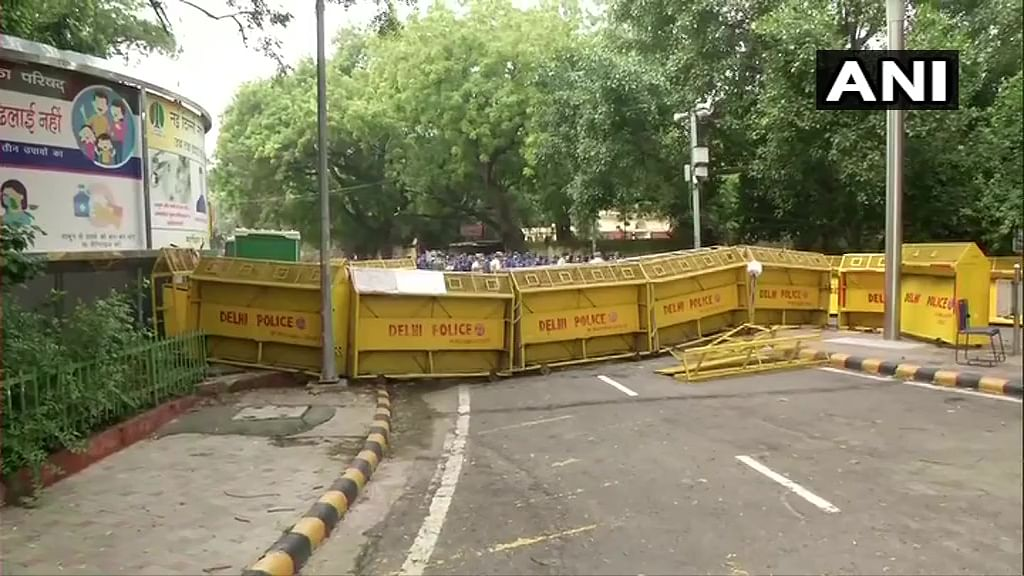 Protesting farmers set to hold 'demonstrations outside Parliament' as agitation against farm laws continue